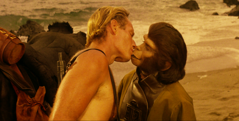 planet-of-the-apes-taylor-kisses-zira